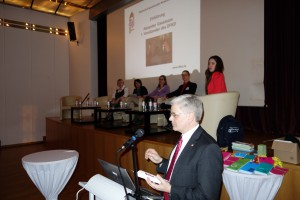 Conference-Education-bilingue_02088_B
